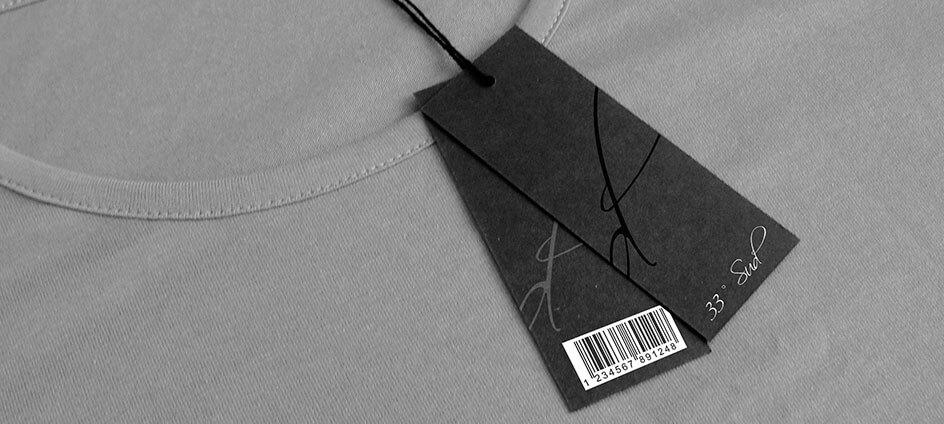 étiquette carton ou hangtag avec code barre et vernis sélectif