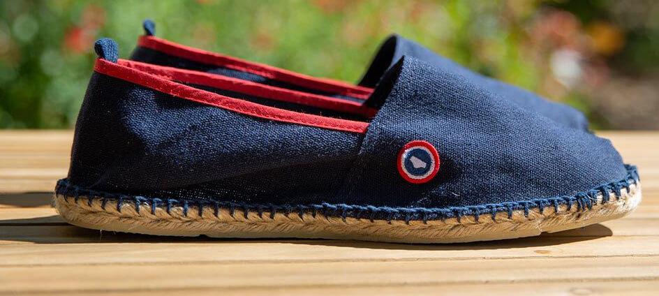 écusson tissé le slip francais avec logo sur chaussure